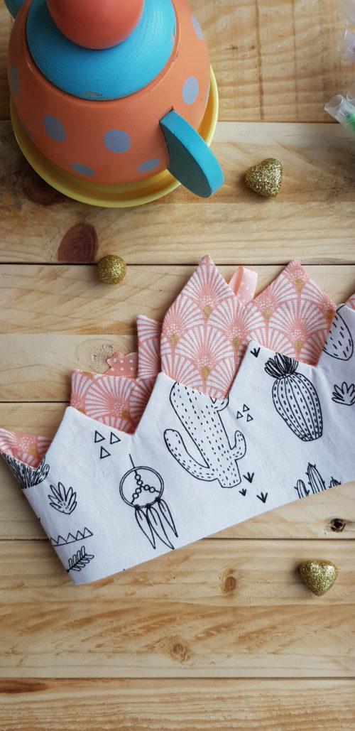 couronne à colorier cactus palmier rose